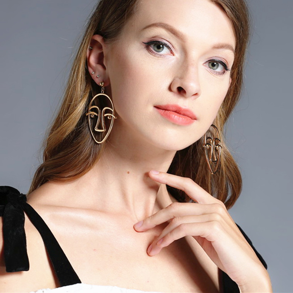Fashion Personality Abstract Hollow Earrings Facebook Human Body Studs Earrings Girls Party Jewelry Accessorise Wholesale Gifts