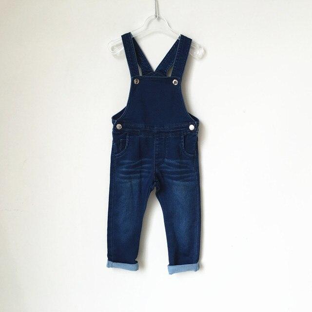 2016 новая мода досуг Брюки для Новорожденных Девочек Мальчиков нагрудник брюки детская одежда дети джинсовые ремни брюки Младенческой мягкая Целом джинсы