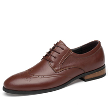 New Arrival Shoes Men Business Bullock Carved Dress Shoes Cowhide Leather Shoe Men's Formal Shoes Work Formal Footwear