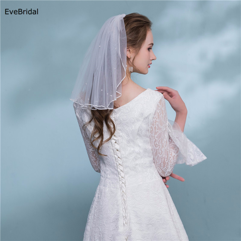 Купить с кэшбэком 1 Layer white Ivory Pearl Shoulder Length Satin Ribbon Edge Wedding Bridal Veil with Comb