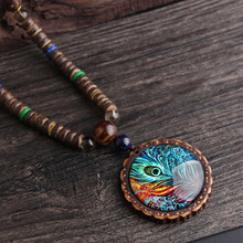 2019 New design fashion peacock feather ethnic necklace,Nepal jewelry handmade sandalwood long sweater vintage jewelry necklace, недорого