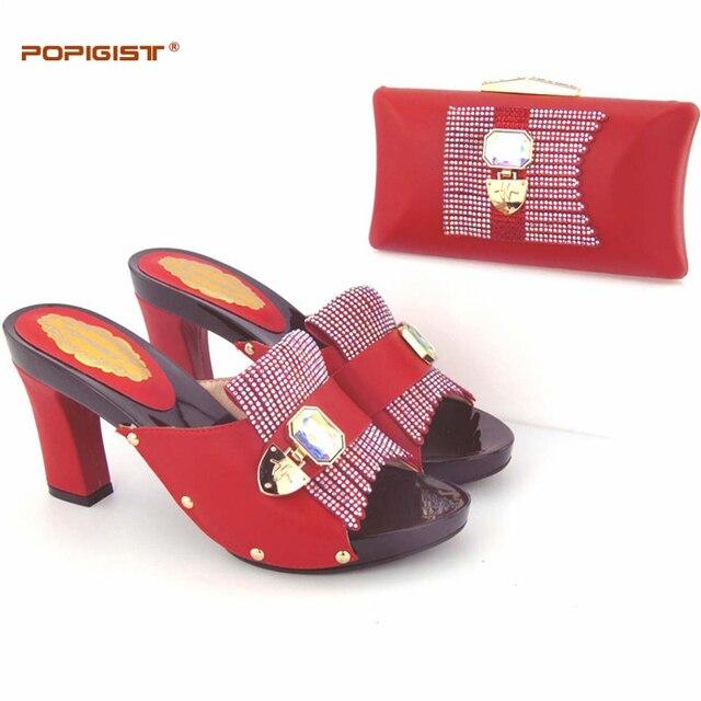 Sposa rosso scarpe e borse per la cerimonia nuziale Eleganti e  confortevoli afeee023179