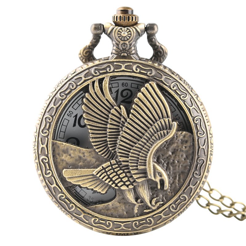 Vinage Hollow Flying Hunting Eagle Design Pocket Watch Necklace Quartz Watch For Women Men Necklace Pendant Clock With Chain