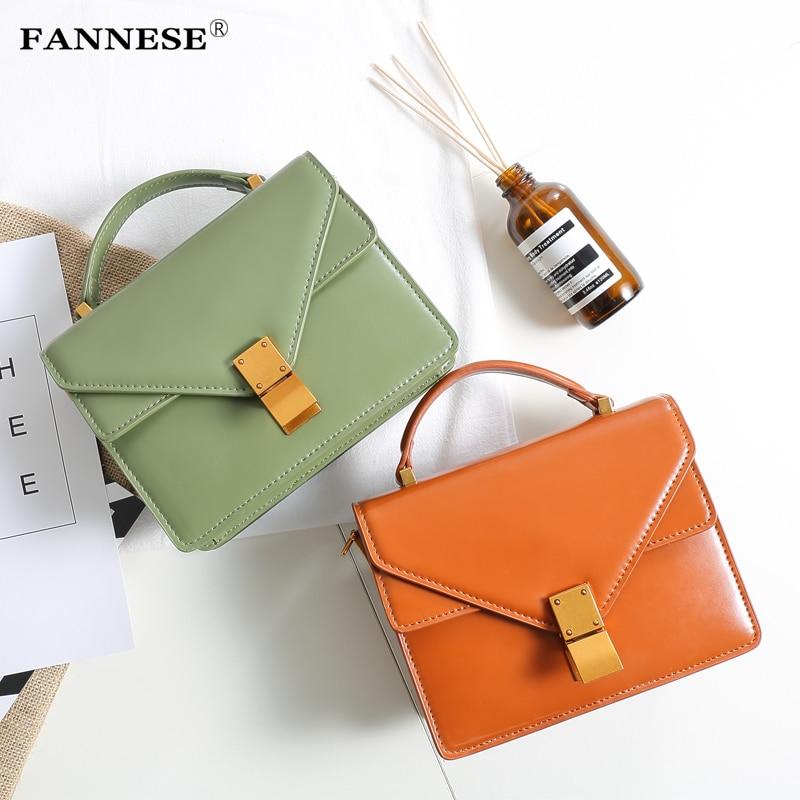 Fashion clasp small bag 2018 new handbag simple Mini Bag Shoulder Bag retro buckle small square bag