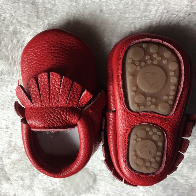 Hot sell Solid Genuine Leather baby Girls Boys Toddler moccasins handmade soft rubber bottom first walkers Fringe crib Shoes
