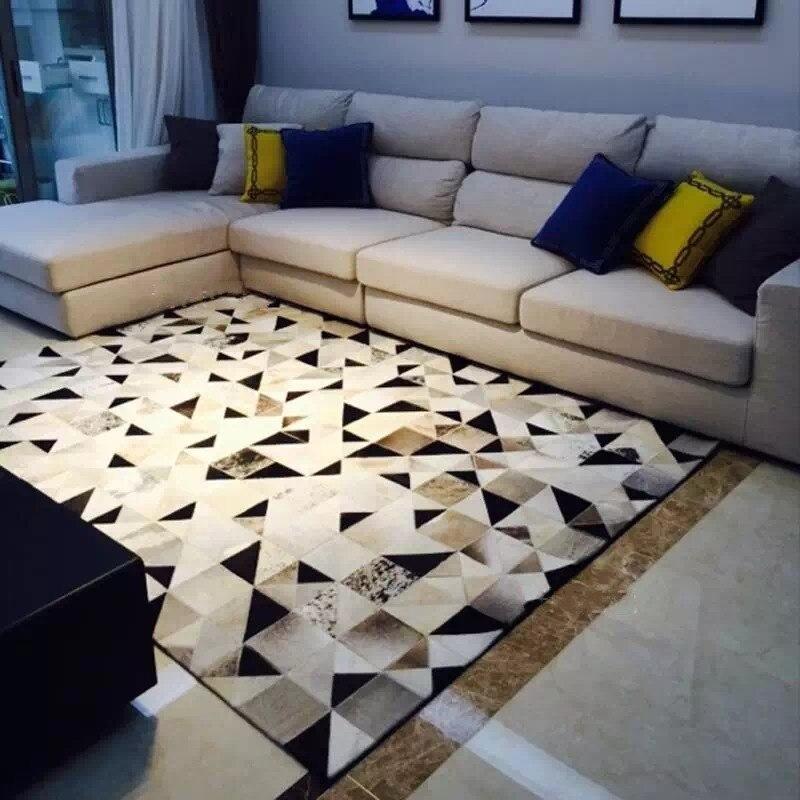 Tapis de peau de vache de luxe noir et blanc, tapis à chequer en peau de vache naturelle moderne pour la décoration de chambre à coucher de salon
