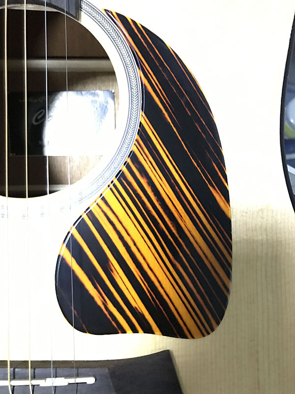 Pleroo Custom Guitar Pickgaurd - Great For J45 Acoustic Guitar Pickguard Teardrop Shape, Yellow Stripe Celluloid