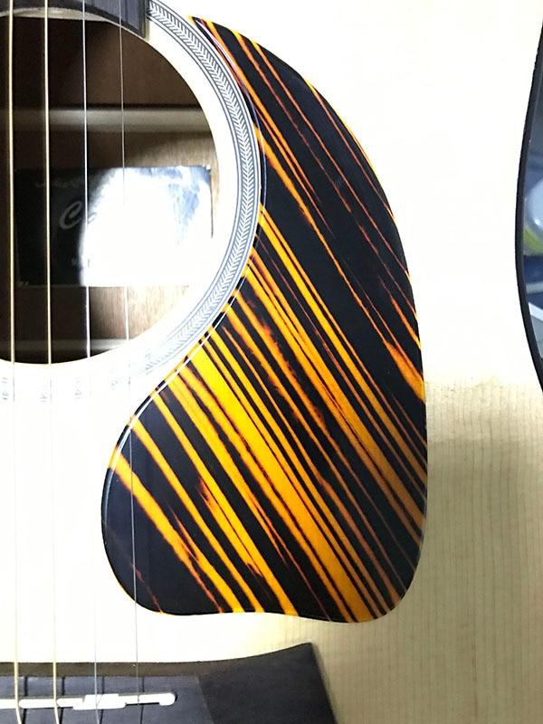 Pleroo Custom Guitar pickgaurd - Great For J45 Acoustic Pickguard Teardrop Shape, Yellow stripe celluloid