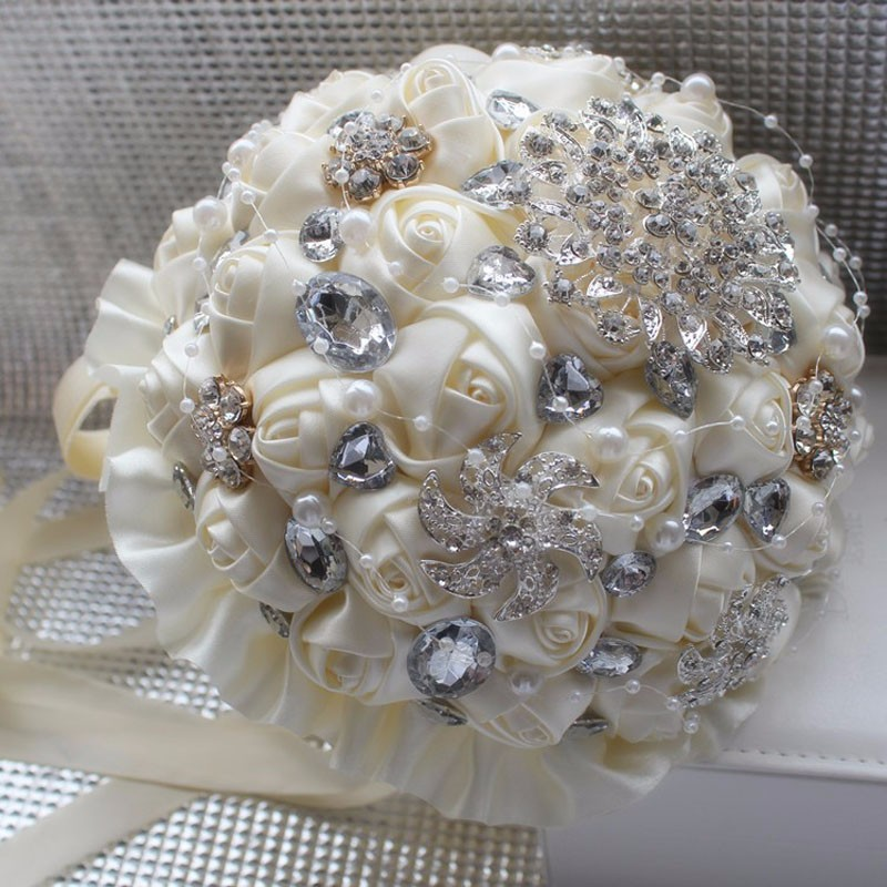 Best-Selling-Price-Ivory-Cream-Brooch-Bouquet-Wedding-Bouquet-de-mariage-Polyester-Wedding-Bouquets-Pearl-Flowers (4)