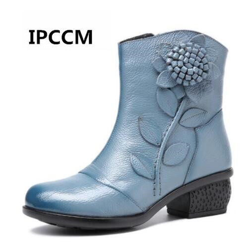 все цены на Cowhide Leather Women's Boots Mother Folk Style Winter Ankle Boots Shoes Vintage Women Genuine Leather Boots Retro онлайн