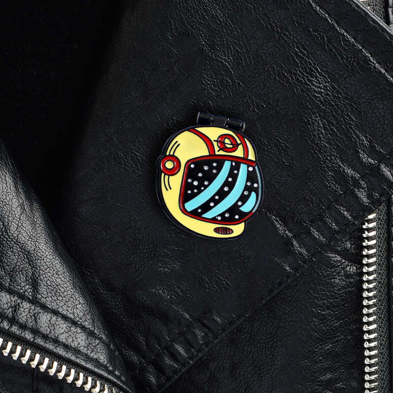 MINGQI 漫画野球帽ブローチオープンスケルトン人間怖がらブローチハロウィン Hat ラペルバッジピンジュエリーファッション acccessoris