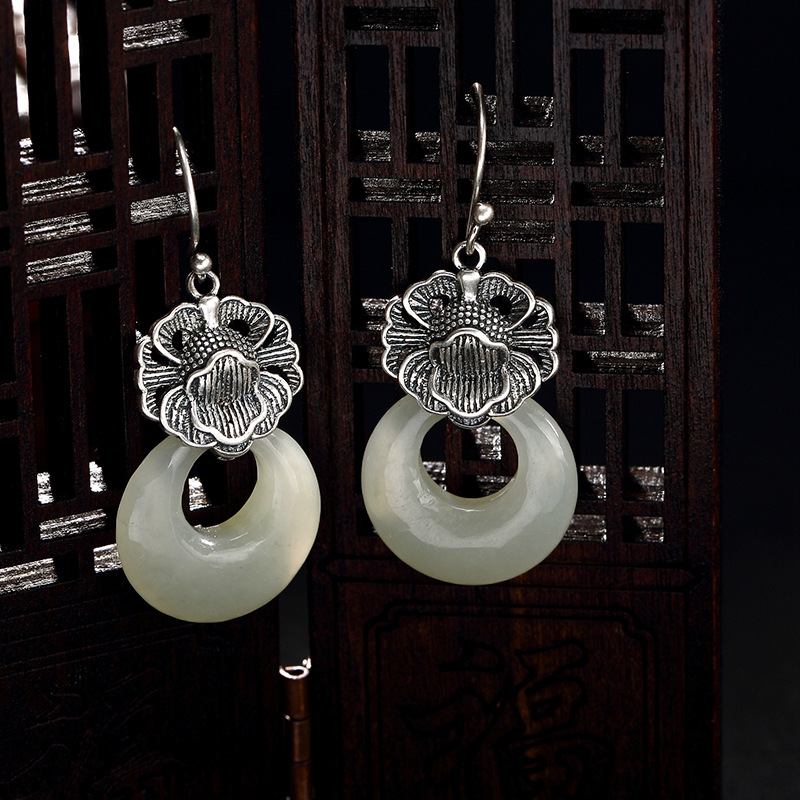 2018 Rushed Earings Fashion Jewelry New S925 Pure Antique Mosaic And Tian Yu Jade Lotus Buckle