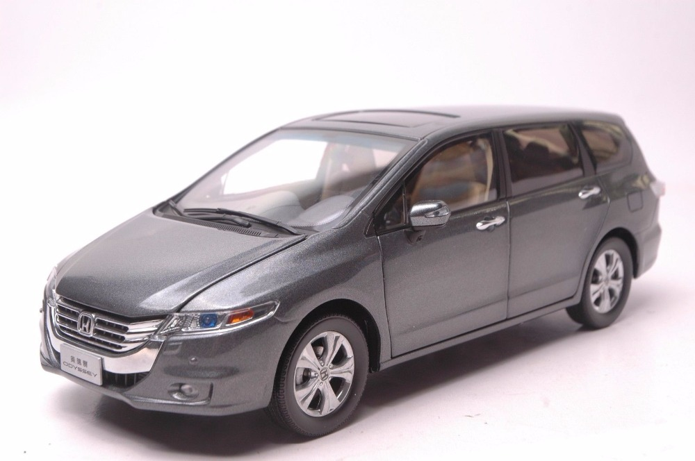 1:18 Diecast Model for Honda Odyssey 2013 Gray MPV Alloy Toy Car Miniature Collection Gifts Van 1 18 diecast model for volkswagen vw all new touran l 2016 brown mpv alloy toy car miniature collection gifts