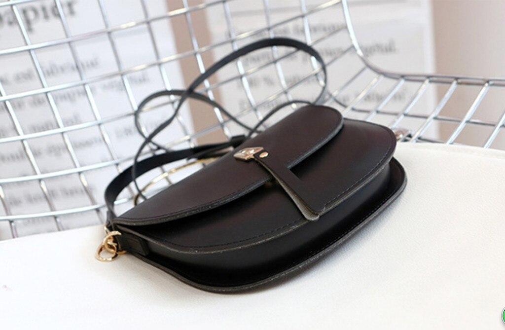 Women\'S Solid Pu Leather Saddle Bag Lady Versatile Simple Style Chic Stylish Crossbody Bag Handbag