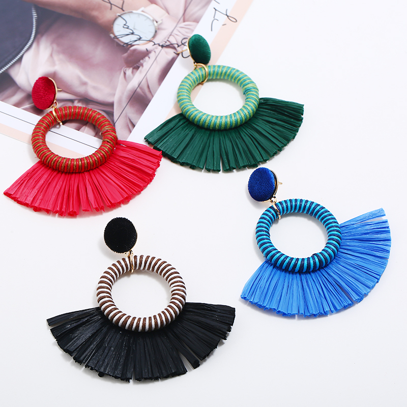 2018 New Sector Dangle Earrings For Women Round Big Fringe Pendant Bohemia Statement Big Earrings Fashion Jewelry Wholesale in Drop Earrings from Jewelry Accessories