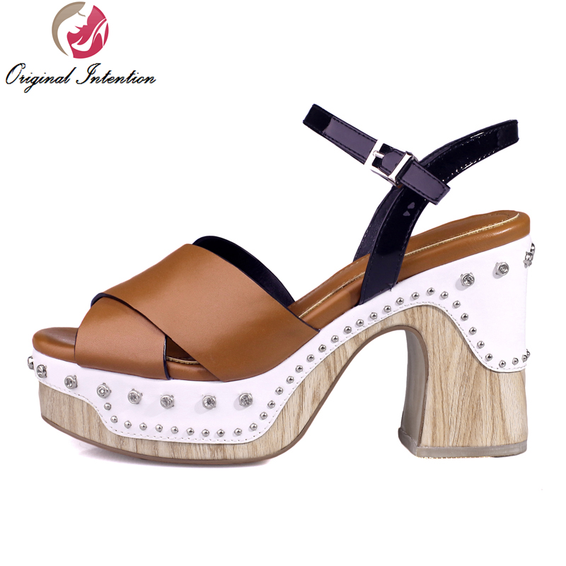 ФОТО Super Fashion Women Sandals Popular Cow Leather Open Toe Square Heels Sandals High-quality Black Brown Shoes Woman US Size 4-10
