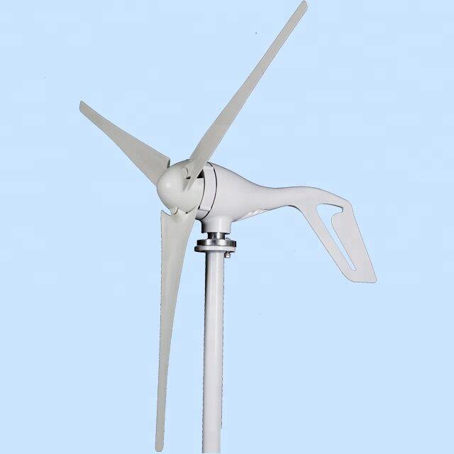 Éolienne magnétique permanente de vente chaude de 12/24 v 400 w avec le contrôleur de moulin à vent de lames de 3/5 pièces