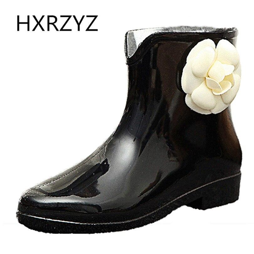 HXRZYZ Women rain boots Slip-Resistant black rubber ankle boots spring/autumn new fashion flowers waterproof shoes women hxrzyz big size rain boots new fashion non slip rubber boots waterproof fishing boots in the tube rain shoes women