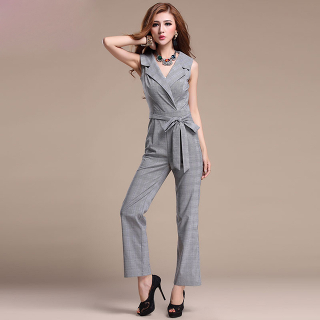 The new V-neck jumpsuits fashion big yards wide leg jumpsuits women rompers sleeveless temperament