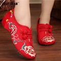 Classical National Embroidered Shoes Women Flats Flower Red Chinese Style Canvas Shoes Casual Spring Autumn Flat Shoes SNE-335