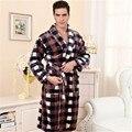 Новый 2017 Осень Зима Мужской Пижамы Устанавливает V-образным Вырезом С Длинным Рукавом Leopard Мягкие Мужчины Пижамы Пижамы Пару Пижамы Femme Плюс Размер