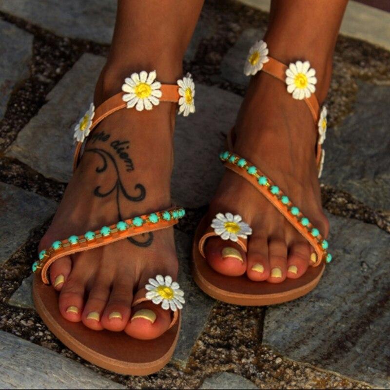 Summer Women Shoes Flat Heels Sandals Fashion Female Comfortable Sweet Flowers Beach Sandals Plus Size 35-44 Summer Sandals