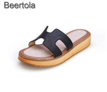 New Women Slippers Summer Flat Travel Shoes Fashion Beach Slipper Female Shoes Casual Hot Solid Genuine Leather Sandals Slippers