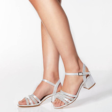 Femeninas Dancing Party Shoes High Heels Point Toes T-stage Sexy 2019 Summer Woman Sandals Leather Buckle Platform