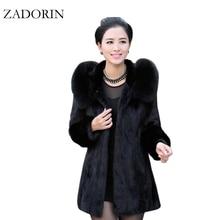 2020 4XL ファッションカジュアル暖かいフェイクファーのコートフード付き高品質プラスサイズの女性の毛皮のジャケット黒オーバーコート 女性の冬のコート