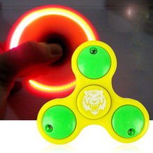 Pudcoco LED light Fidget Hand Spinner Torqbar Brass Finger Toy EDC Focus Gyro Gift (color random)