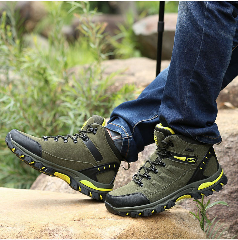 outdoor-hiking-boots-for-men-and-women (12)