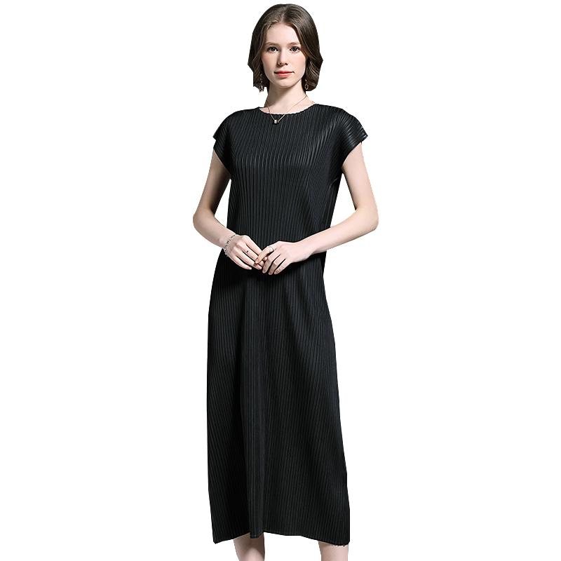 spring and summer new miyake version solid color long temperament fashion Slim pleated dress female European station pleats