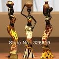 O envio gratuito de resina arte popular amor 3 meninas decoração de casa estatueta de resina Africano arte popular de decoração Para Casa amor África estatueta