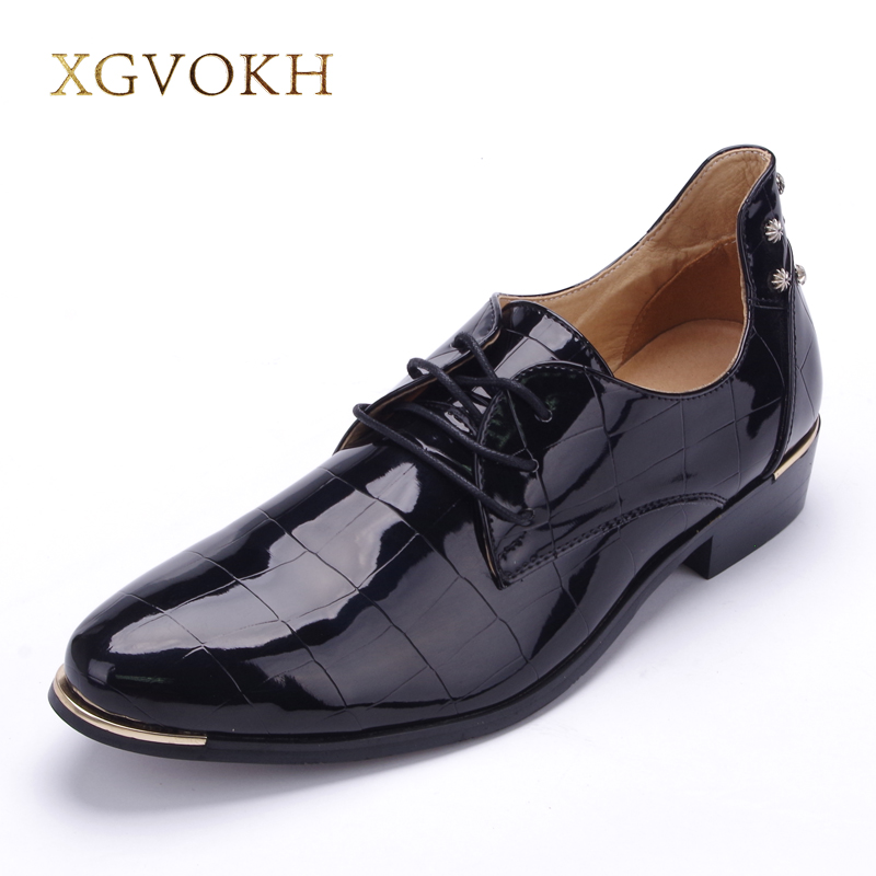 size 37-47 Korean version trend men rivets oxfords Fashion lace up pointed toe patent leather shoes Casual rubber men shoes patent leather men s business pointed toe shoes men oxfords lace up men wedding shoes dress shoe plus size 47 48