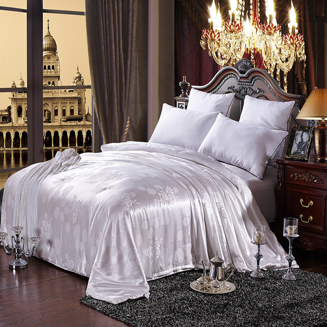 White Silk Comforter for Winter 200*230cm,150*200cm 2-3.5kgs Duvet Blanket Silk Jacquard Quilt Bedding Home textile pink beige