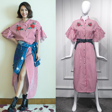 цена на New 2019 red and white striped embroidered rose nailed shirt  split dress and holiday dress