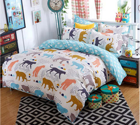Reactive printing personality polyester muticolor Jungle cheetahs super soft comfortable bedding sets with double pillow cases