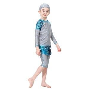 Image 4 - Милый исламский купальный костюм для девочек, купальник с длинными рукавами, детский купальный костюм с плиссированной юбкой, купальник с полубрюками, 2020