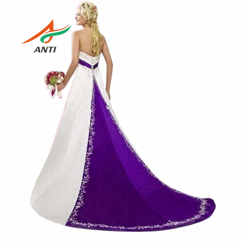 ANTI Purple And White Wedding Dress 2018 Court Train Embroidery ...
