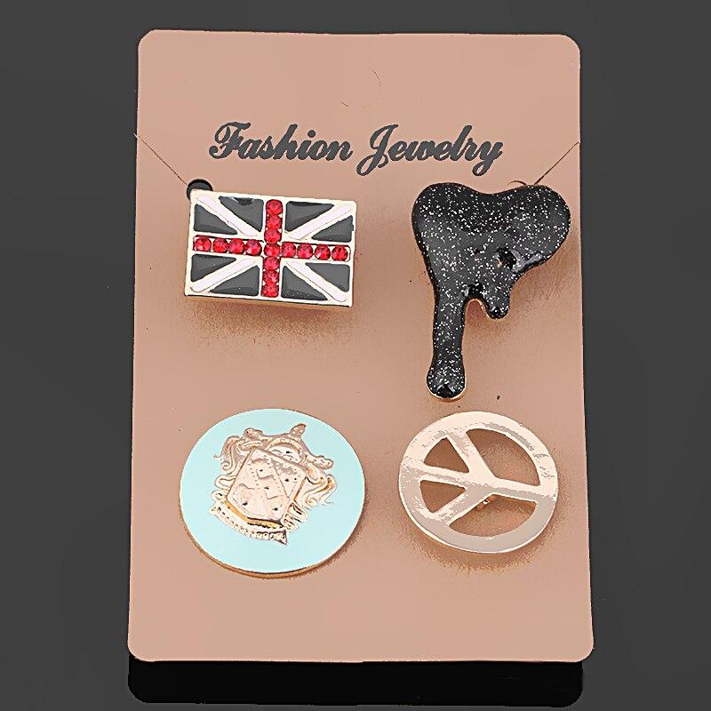 2017 Новых Прибытия Британский Флаг Кости И Эмблема Дизайн 4 шт. Набор брошь Enemal Lapel Pin Металла Брошь Набор Для Мальчиков Сумки XD7522