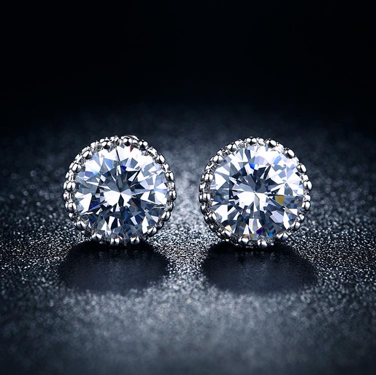 2019 8mm White Zircon Stud Earring Crown Vintage Lady Jewelry For Wedding Wholesale Nickle Free Antiallergic Distribution