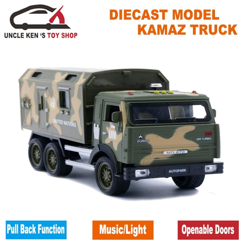 Camion modellabile in scala 1/32, regalo per bambini, 16.5 CM Kamaz giocattolo in metallo militare con funzione di richiamo / musica / luce / pacchetto