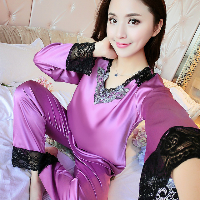 fc9906a38d Champagne Pajamas Set Bride Bridesmaid Wedding Clothes Sexy 2pcs Sleepwear  Lace Embroidery Home Wear Lady Intimate Lingerie