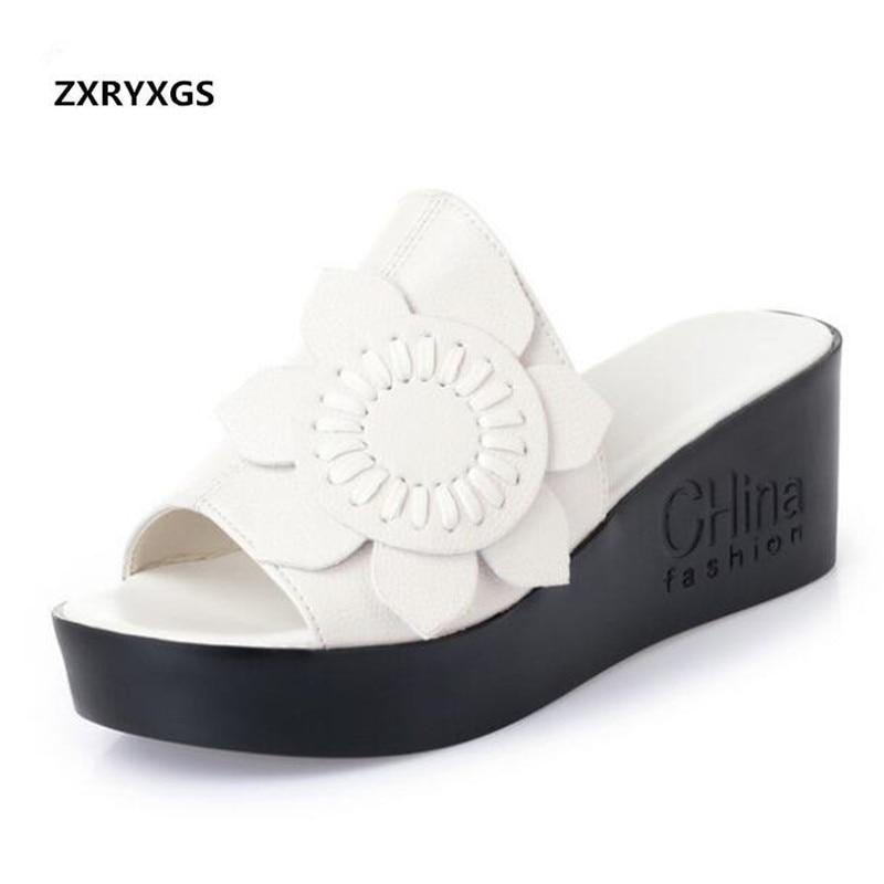 Fleur élégante en cuir véritable pantoufles femmes sandales 2019 nouveau fond épais chaussures d'été chaussures de mode sandales grande taille