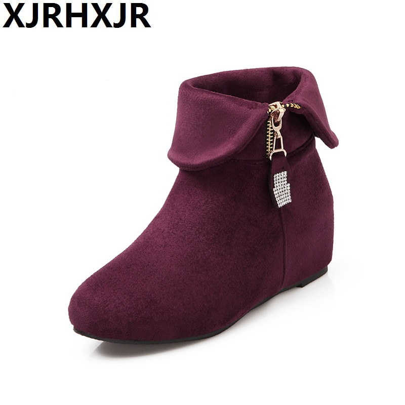 Flat Suede Ankle Boots - Boot Yc