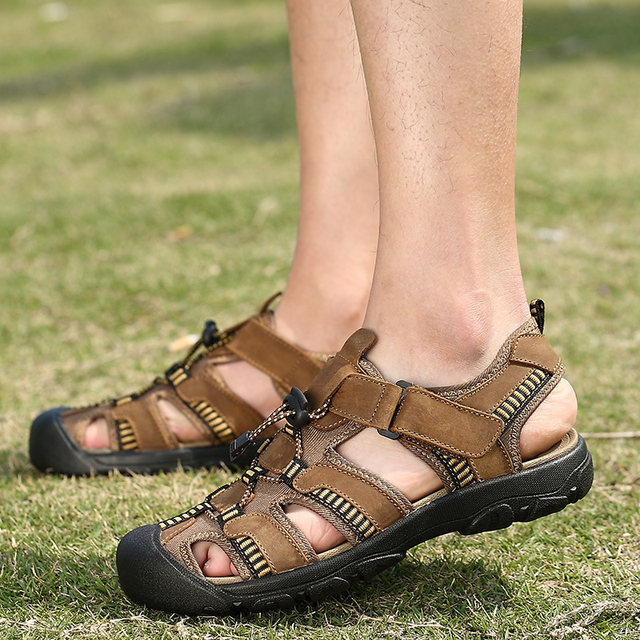 4d7902bff8bd mozoeyu Toe Protect Men s Sandals Genuine Leather Soft Sole Casual Shoes  Quality Outdoor Beach Shoes All