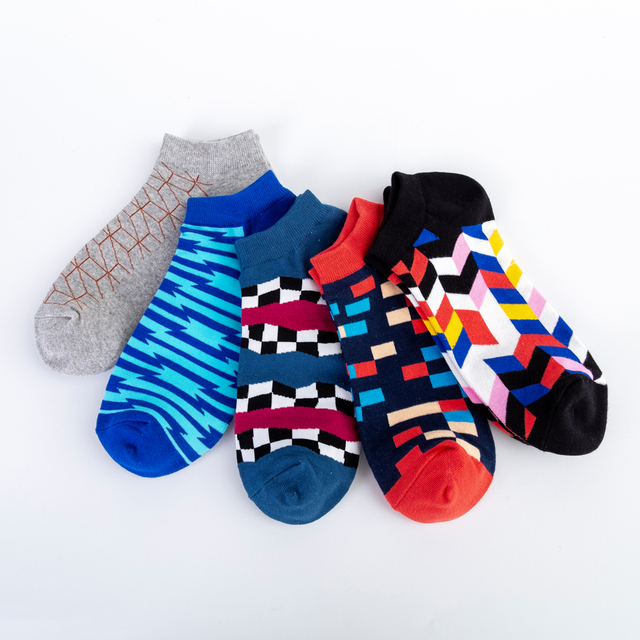 Jhouson Men's Casual Novelty Colorful Summer Ankle Socks Happy Combed Cotton Short Socks Plaid Geometric Pattern Dress Boat Sock 2