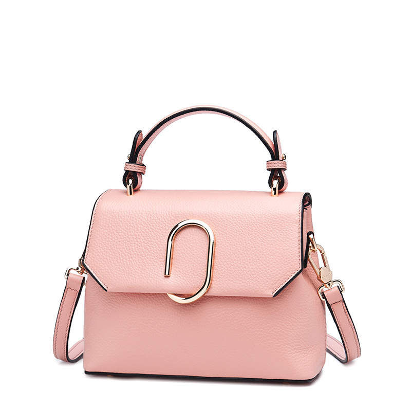 Small package Langwei 2017 new minimalist Leather Shoulder Messenger Laptop Bag agent on behalf of a small woman the first layer of leather diamond chain bag 2017 new lang wei korean women shoulder messenger bag on behalf of a small