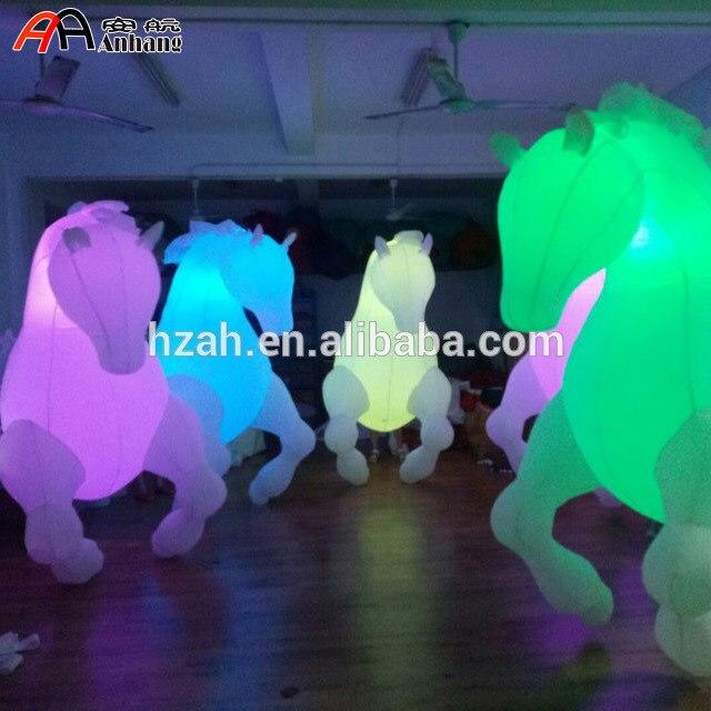 Livraison Gratuite 2.5mH Lumière Décor Gonflable Cheval Costume pour Parade Performance