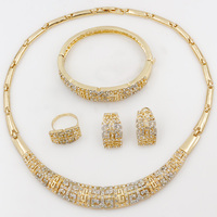 Fashion Dubai Necklace Earring Bracelet Set 18 Gold Wedding African Beads Jewelry Sets Austrian Crystal Women Party Accessories
